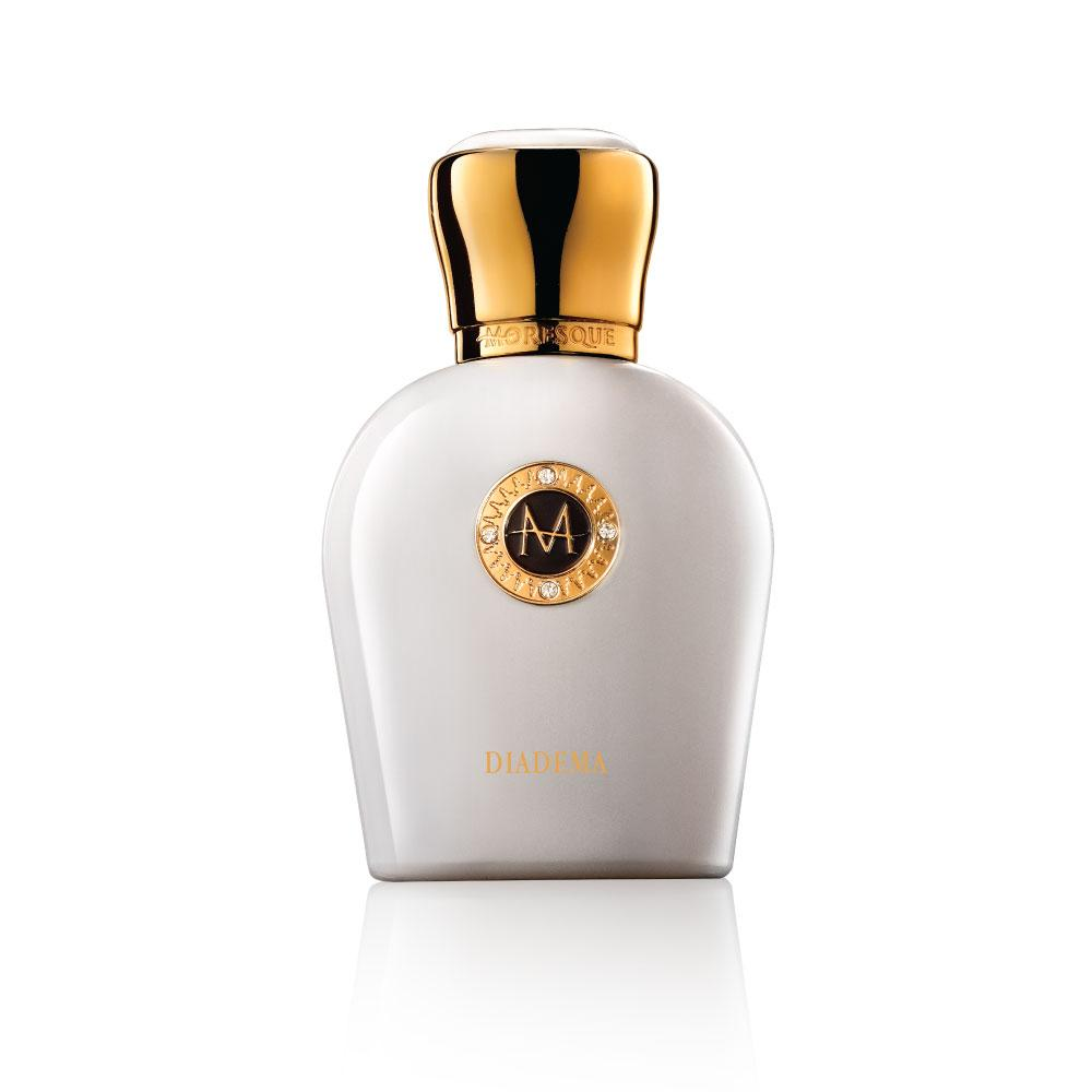 perfume essays Perfume and we: lack of knowledge in society knowledge is a vital importance to humanity, without it, there will be no humanity it is the foundation of many things such as morality, emotion, skill, and many more.